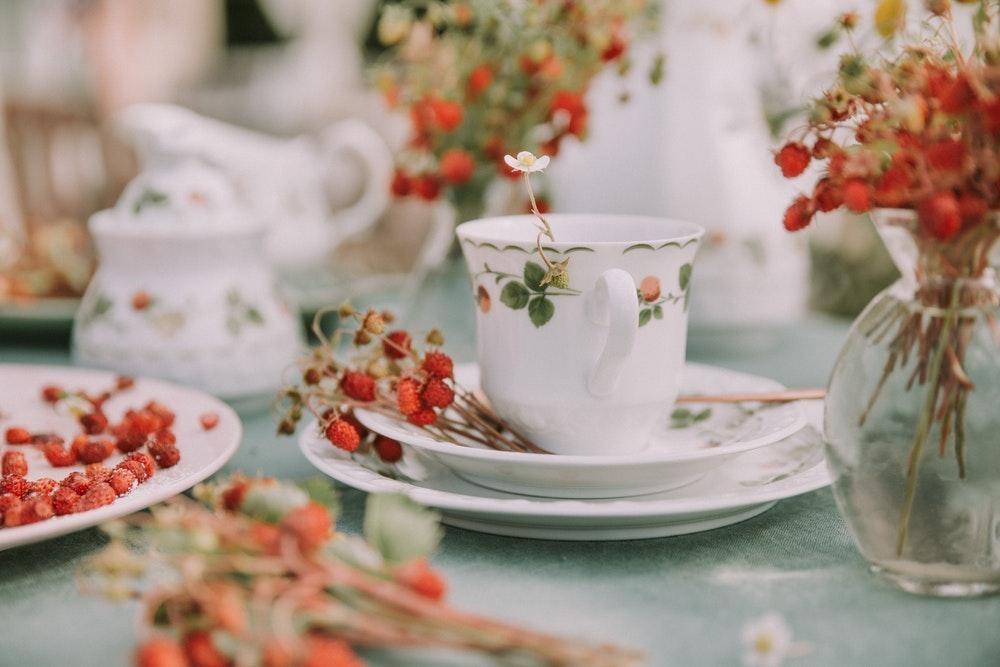 Gift ideas for tea lover Danisa Danish Butter Cookies